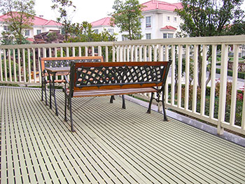 FRP-pultruded-grating-deck-railing